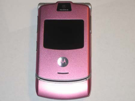 Final image of the Motorola RAZR V3 with the new housing